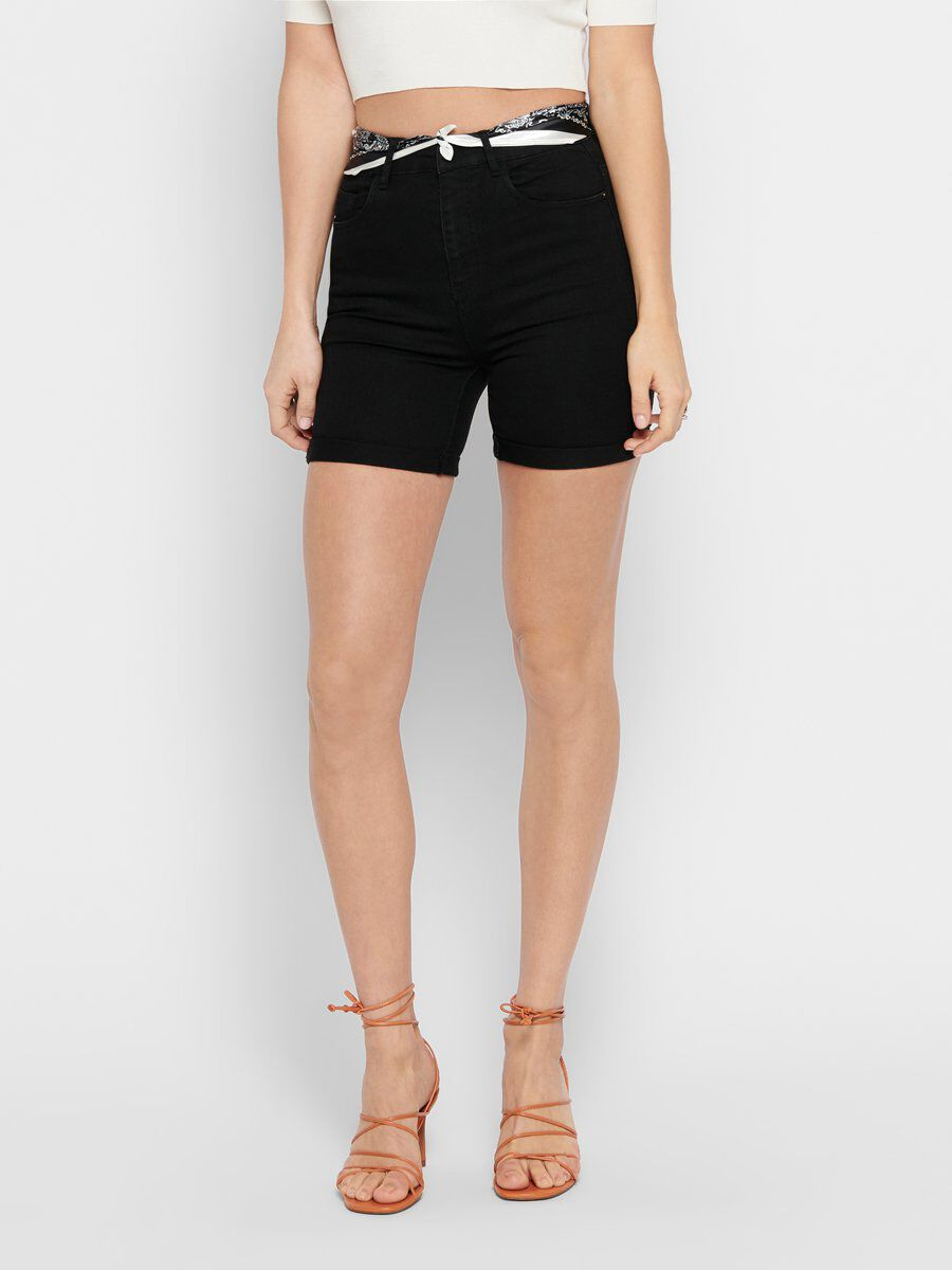 ONLY Foulard Short Women Black