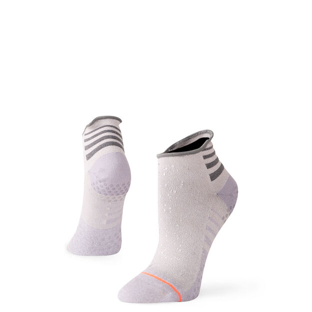 womens sports socks and performance socks by stance - 625×625