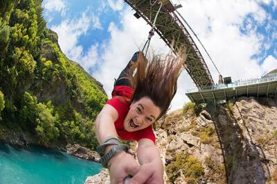 Bungy Jumping off Cairns Tower