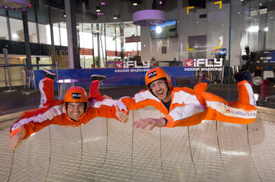 Family and Friends Indoor Skydive 10 Flight Package