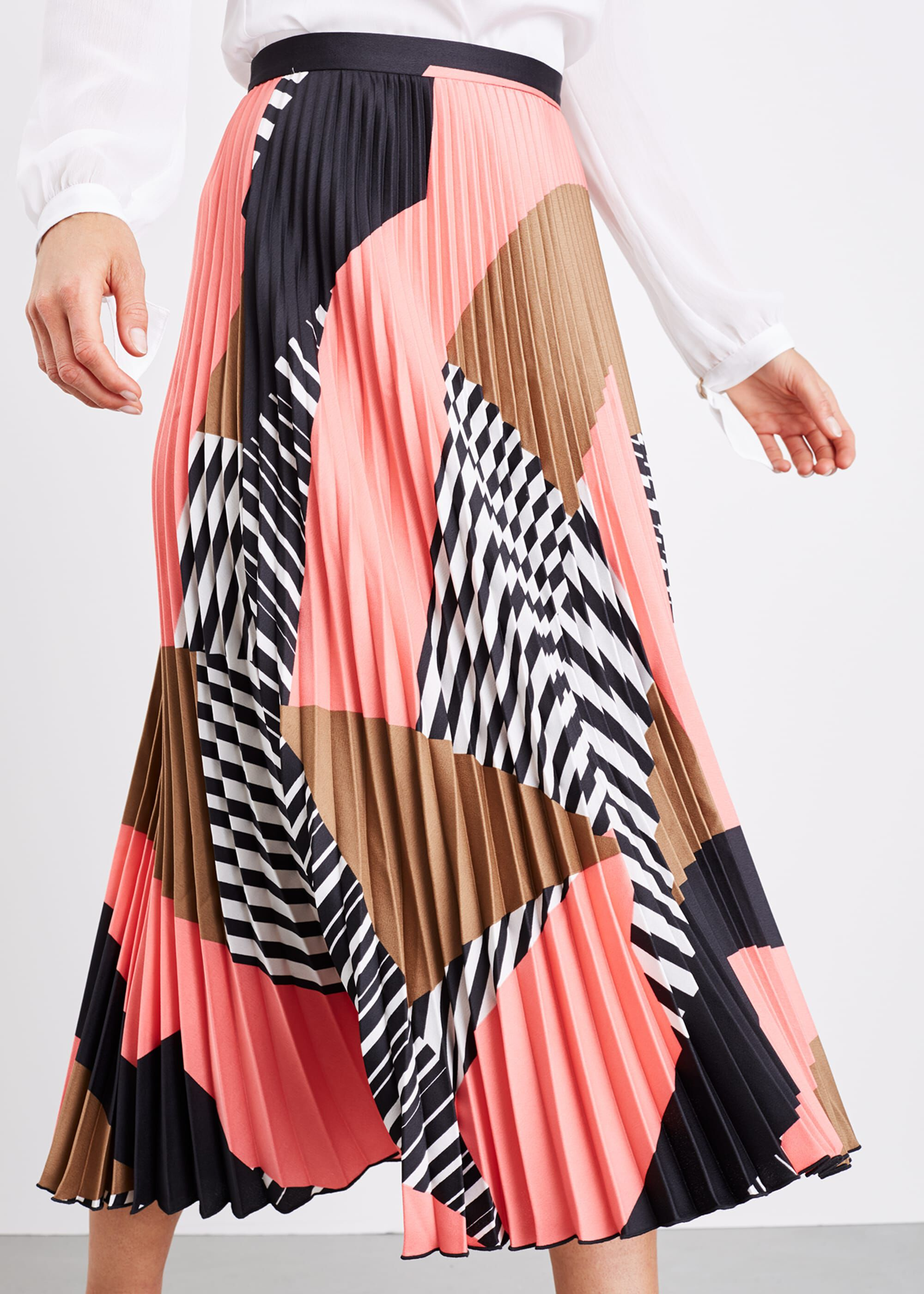 Damsel in a Dress Ariyah Print Pleated Skirt, Multicoloured